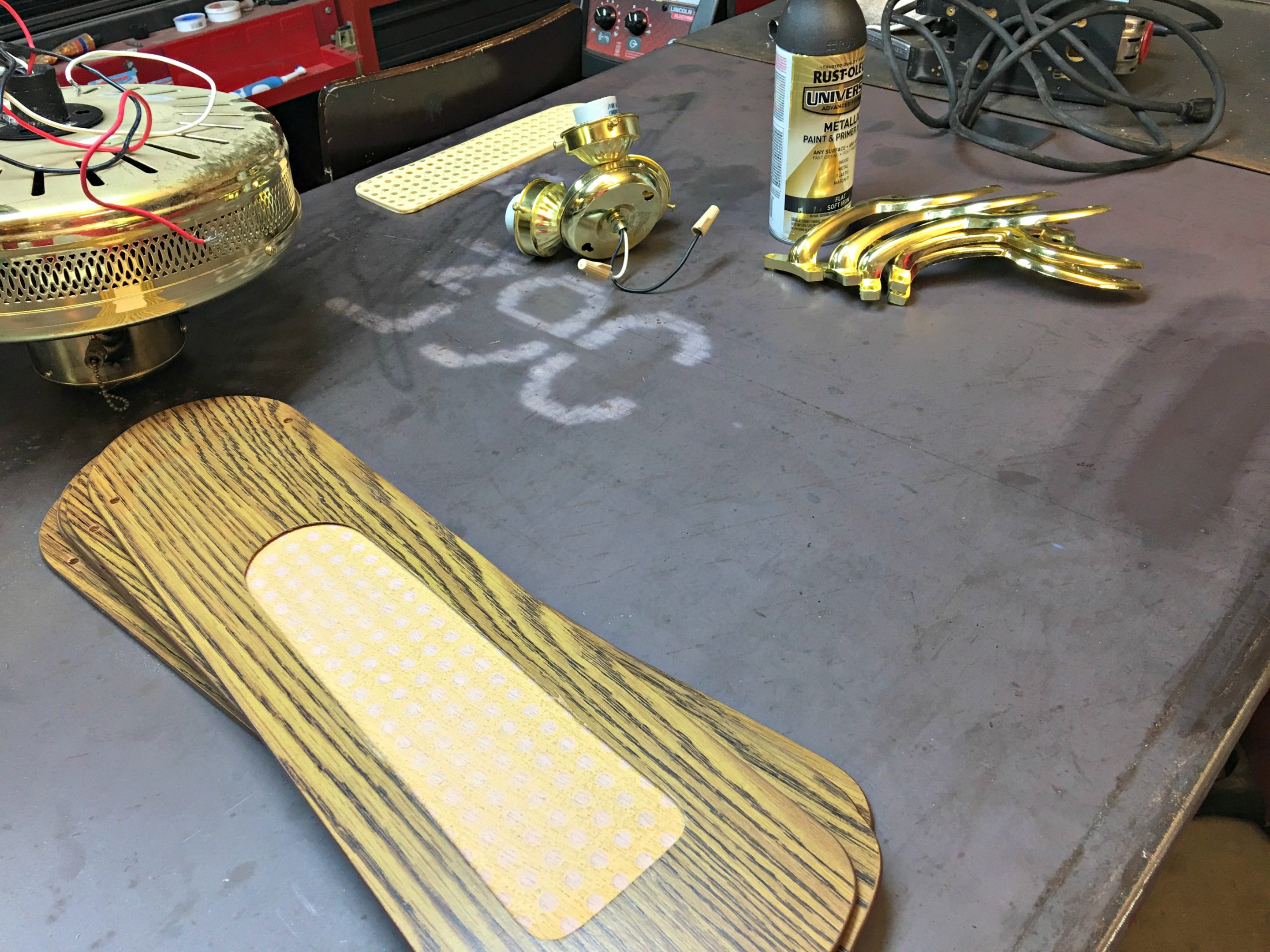 Brass Ceiling Fan Makeover Orc Salvage Sister And Mister