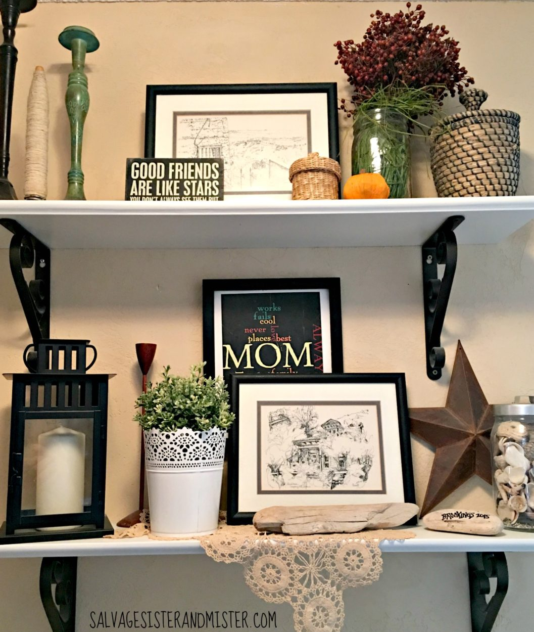 by adding just a few pumpkins around the home, you can add a simple fall touch without a lot of money or tons of items to store. Simple fall home decor tips and tricks.