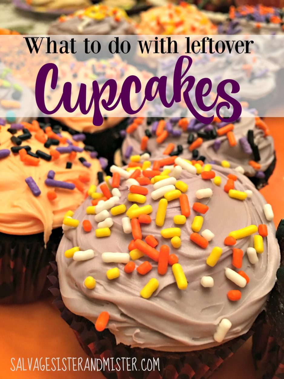 Almost inevitably when you throw a party there are leftover cupcakes. Find out ways to store them and use them up so they don't go to waste. A recipe for a dessert parfait that you can use for last minute entertaining or a dessert for one. Easy and makes use of items you already have. #salvagethat