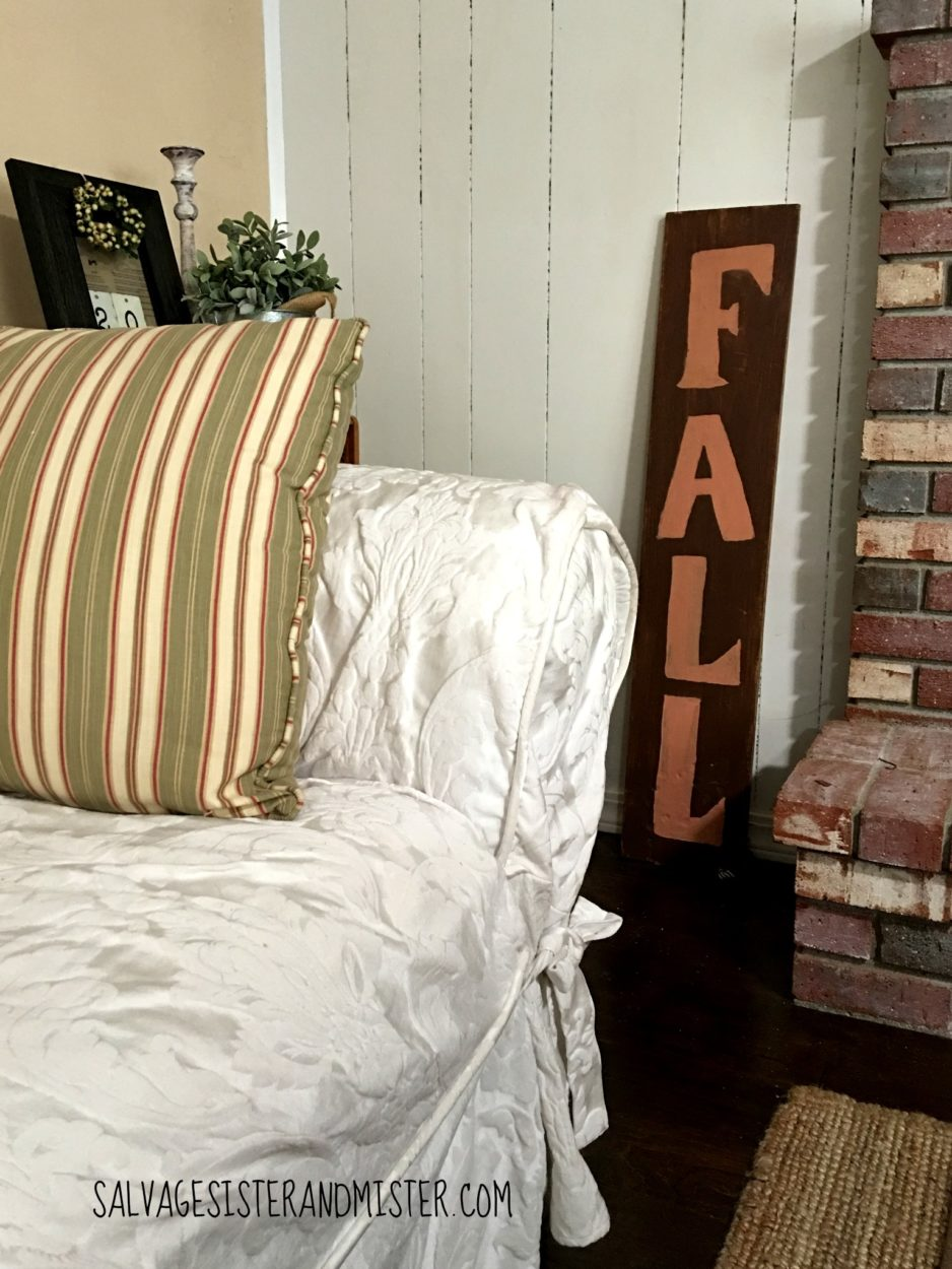 A fall sign that does double duty for another holiday. Come find more tips on how to decorate simply for a holiday using what you have. Salvaged fall home tour with tips and tricks to home decor