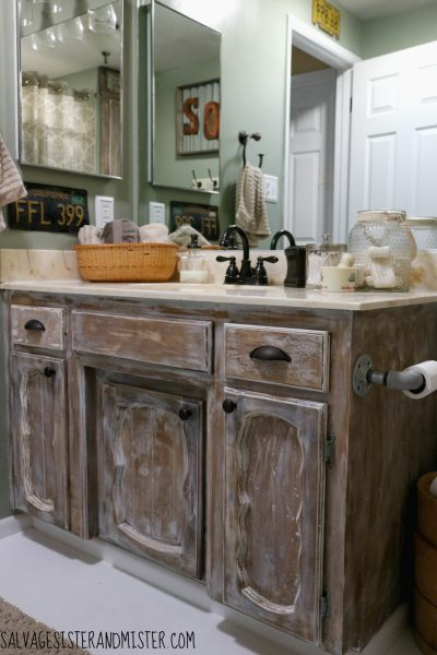 Truth in Makeovering – Low Cost Rustic Bathroom Makeover