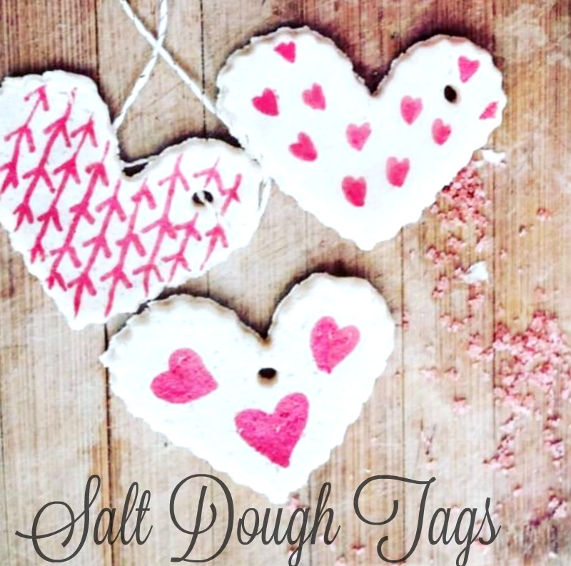 A valentine sugar scrub tutorial with salt dough tags. Get this DIY project that is great to make iwth kids. Plus its a great gift to give. Easy DIY project.