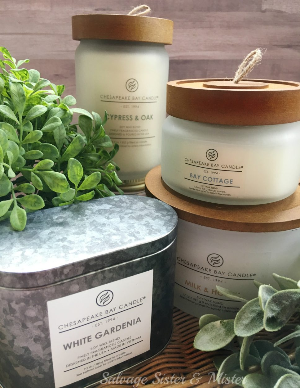 Scents in your home evoke all sorts of memories. Partnering with Chesapeake candle for simple decorating for your home.