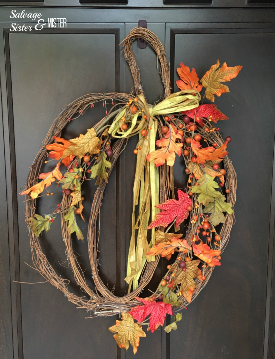Painting my command hook on my front door was an easy and quick diy to ensure the wreath is in the spot light.