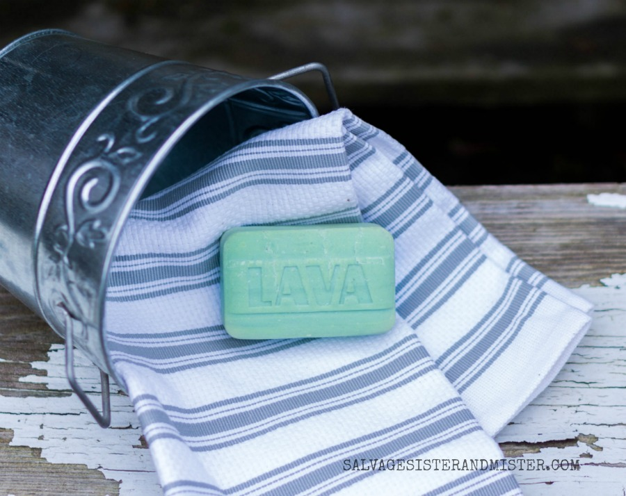 Lava soap is a DIY'ers best friend. The pumice helps get all sorts of paint, dirt, glue, and product off your hands. #ad