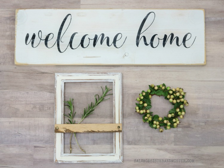A modern farmhouse picture frame. DIY project. #farmhouse #diy
