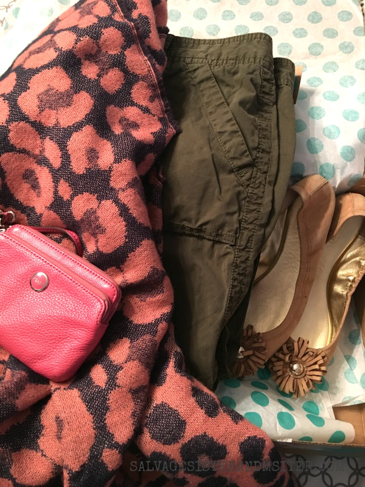 Thrift Store Fashion Friday - Clothing from ThredUp #secondhandfirst #sponsored