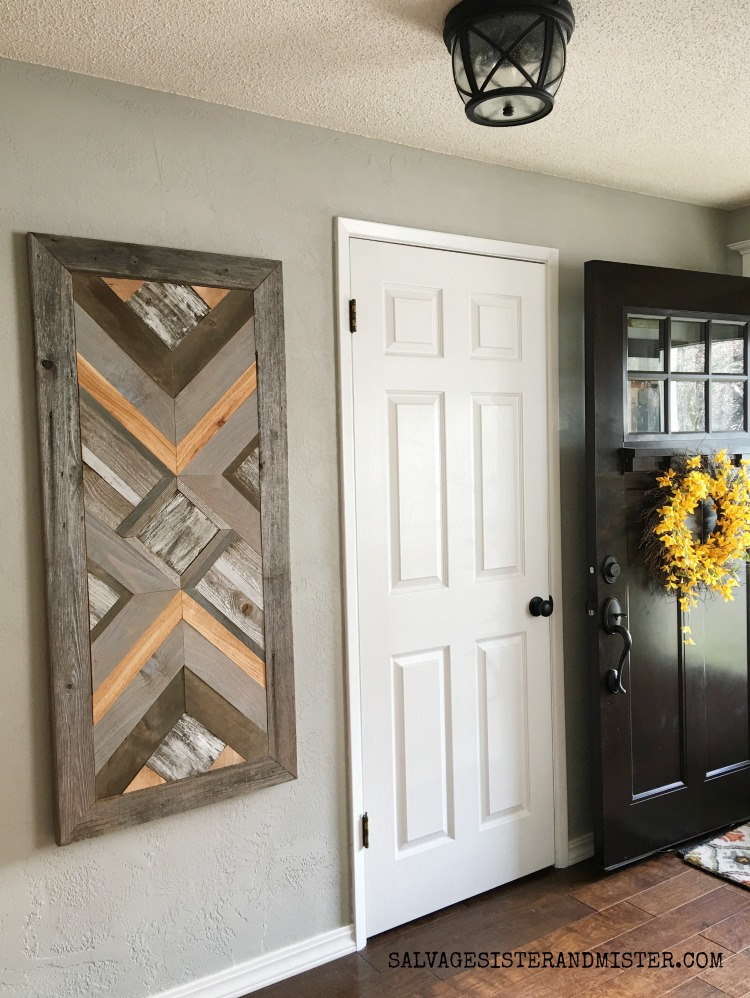 DIY wood quilt wall art is a great use of wood scraps #diy #woodprojects #budgetdecor