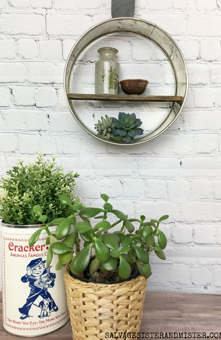 Thrift Store Challenge - DIY Farmhouse Round Shelf using this thrift store find #upcycle #thriftstorechallenge #reuse #repurpose