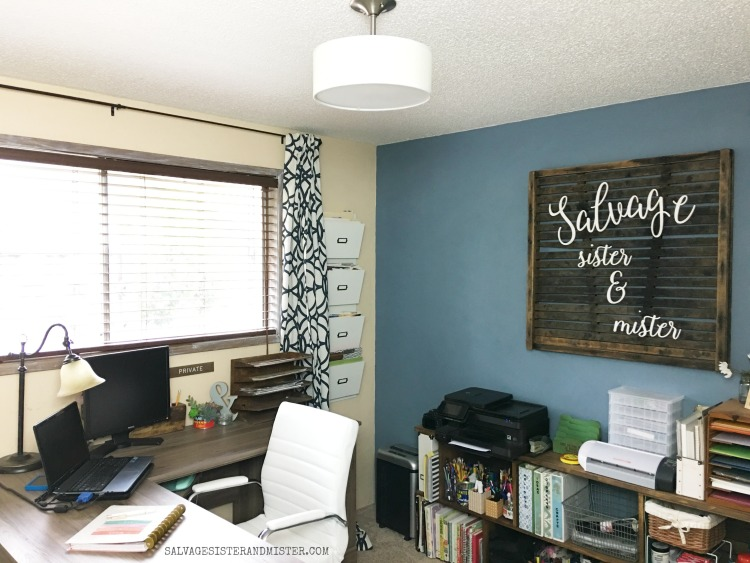 BLOGGING OFFICE - converting a bedroom into a home office space