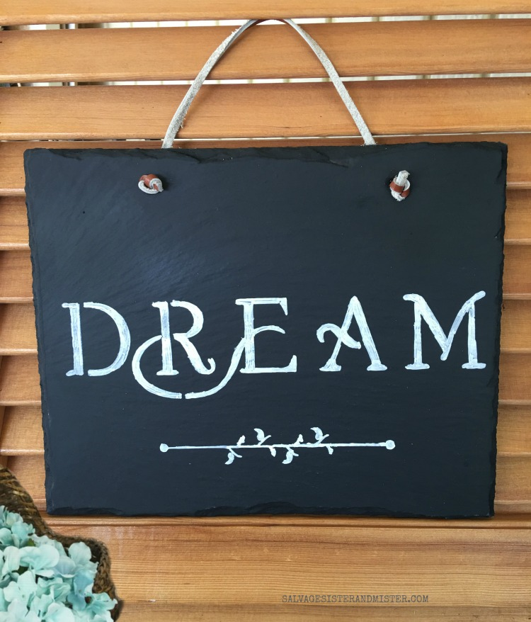 Making a DIY salte chalkboard from an old sign found on salvagesisterandmister.com