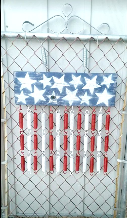 Trampoline springs are upcycled into an American flag decor item