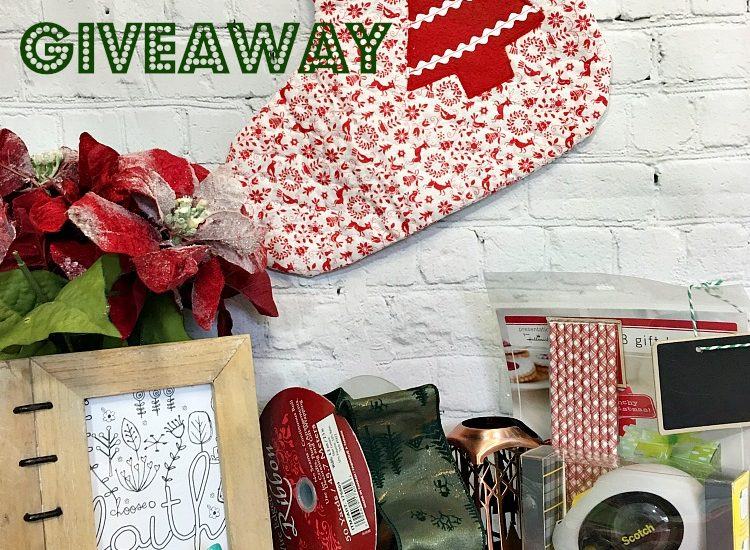Christmas in July - Craft Junk Giveaway time #upcycle #craft #junkin