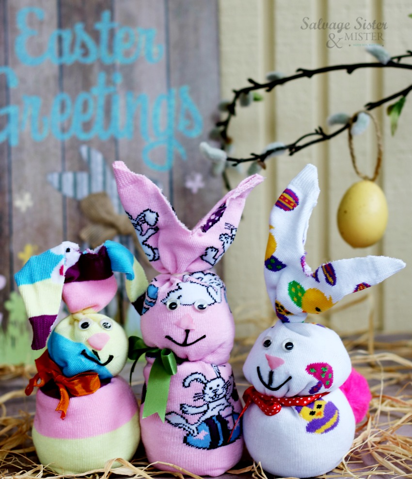 Create this easy craft - no sew sock bunny for Easter. This is a fun repurpose for old socks. Upcycle them into something new and reuse at the same time. #eastercraft #upcycle #repurpose on salvagesisterandmister.com