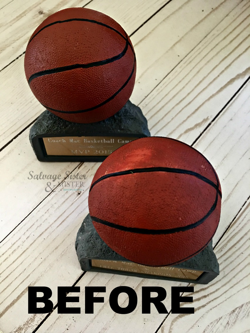 Turning thrift store trophies into something new (repurpose). Make some fun home decor DIY trophy bookends. Find more info on salvagesisterandmister.com