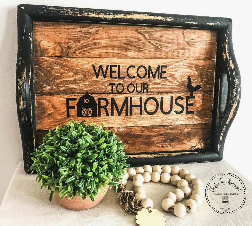 project - Farmhouse thrift store tray makeover on salvagesisterandmister.com #farmhouse #thriftstoretransformation #diy