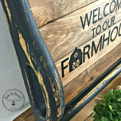 farmhouse thrift store tray makeover on salvagesisterandmister.com