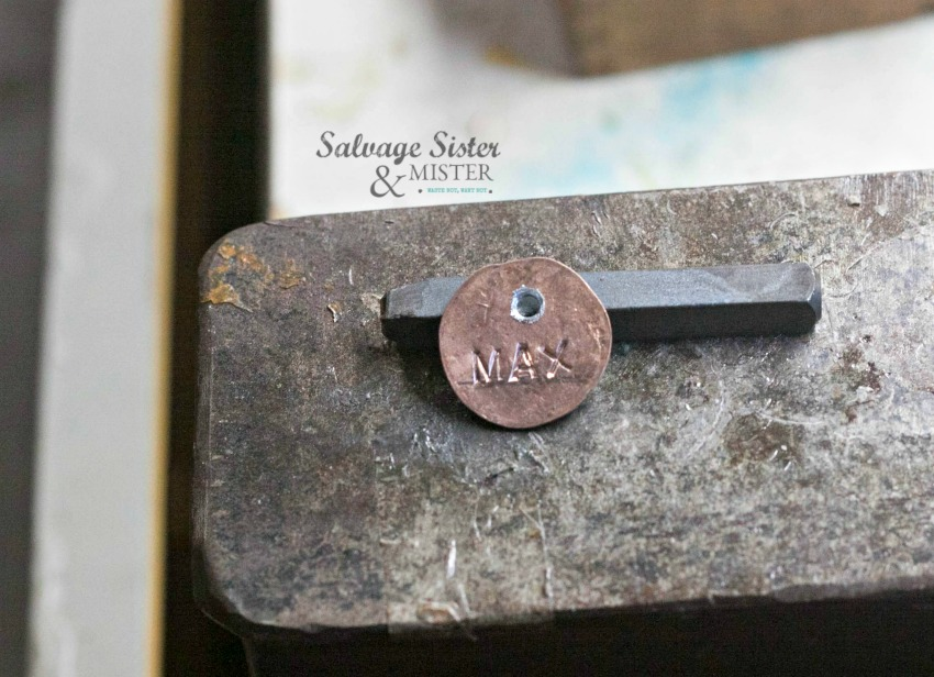 instructions on how to make a penny charm on salvagesisterandmister.com