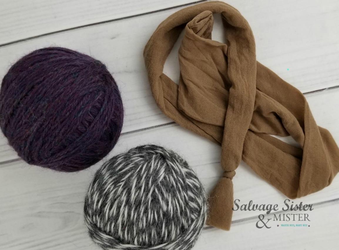 steps to making dryer balls on salvagesisterandmister.com
