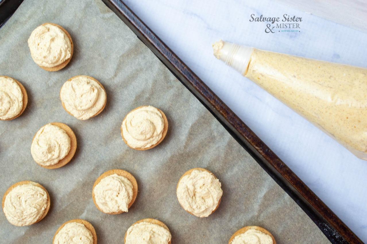 mini-pumpkin-cheesecake-sandwich-cookies-process-on salvagesisterandmister.com