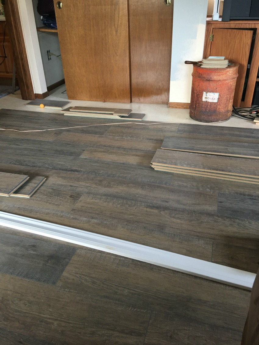 Installing Spill Defense Laminate Flooring Salvage Sister And Mister