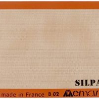 "Silpat Premium Non-Stick Silicone Baking Mat, Half Sheet Size, 11-5/8"" x 16-1/2"" (Renewed)"