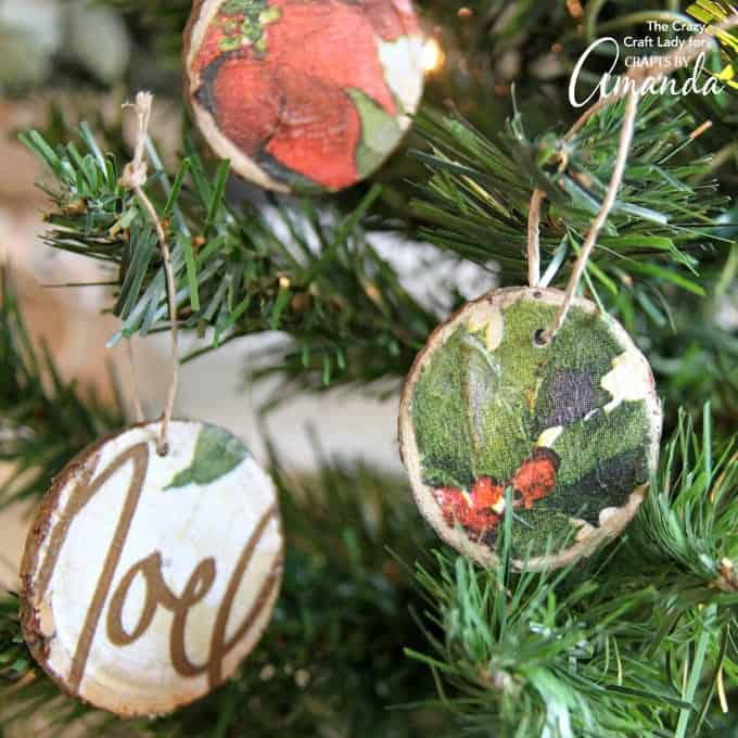 DIY Wood Slice Ornaments: make your own using napkins!