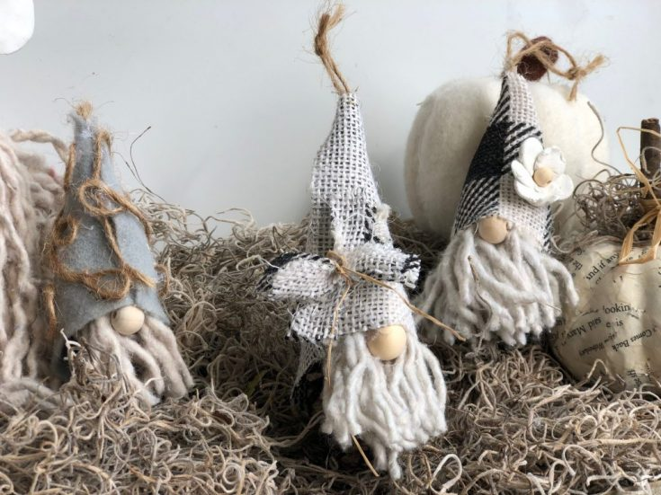 Pine Cone Gnomes Christmas Ornaments -DIY · Just That Perfect Piece