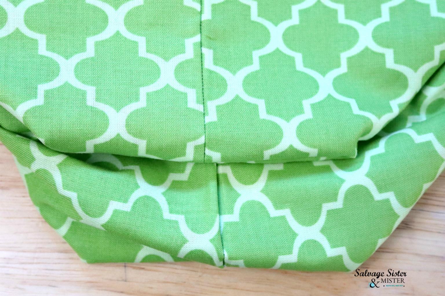 sewing reversible bag on salvagesisterandmister.com