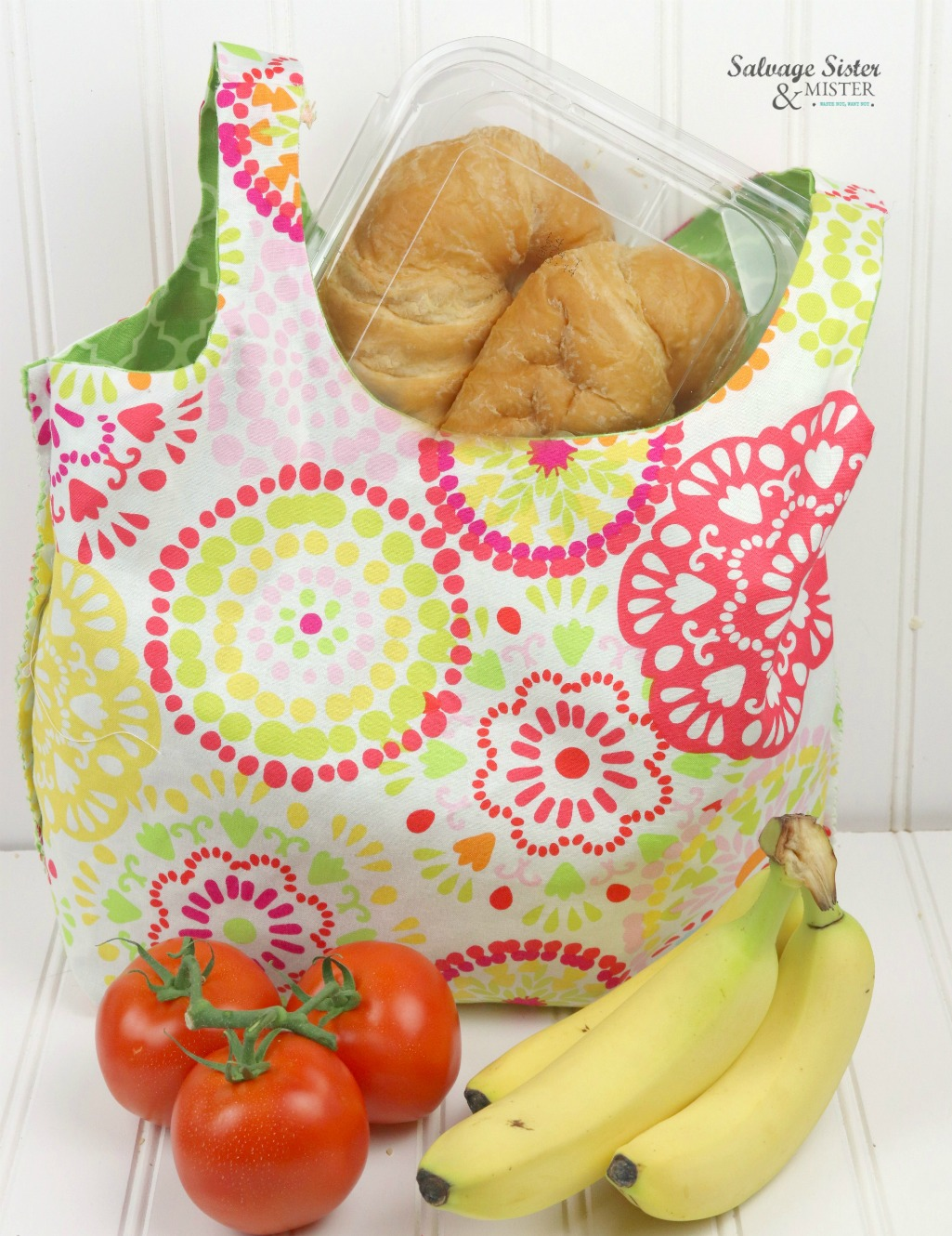 diy reusable shopping bag - reversible ..sewing tutorial with template- easy to make to quit plastic bags altogether - make and give some away - create these on salvagesisterandmister.com