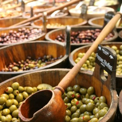 diverse marketplace in Ireland on salvagesisterandmister.com (olives)
